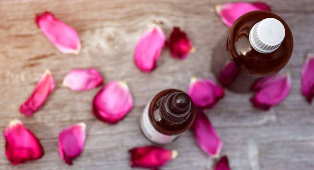 olejki zapachowe w produkcji zawieszek zapachowych